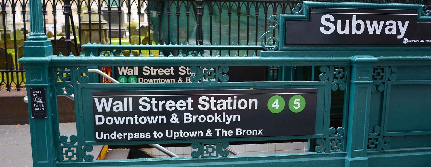 subway station close to 1 Flatush